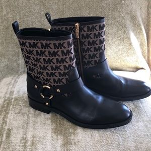 Michael Kors Ankle Boots Women's size 9.5